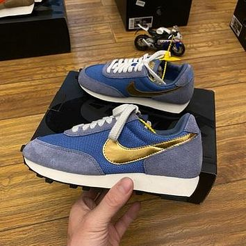 NIKE INTERNATIONALIST vintage running shoes