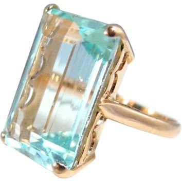 Estate extra large aquamarine ring set on a heavy 18K solid gold band Stamped fine jewelry