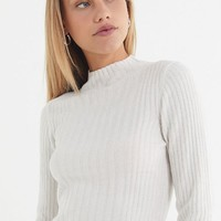 UO Plush Chenille Mock-Neck Sweater | Urban Outfitters