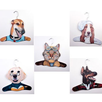 The Stupell Home Decor Collection 5Pack Animal Clothing Hanger, Greyhound/Teacher Yellow Lab/Chef Bassett House/Salesman Doberman/Pilot Cat