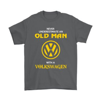 KUYOU Never Underestimate An Old Man With A Volkswagen Shirts