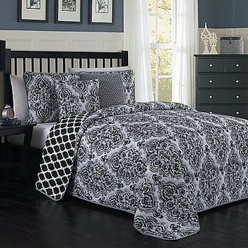 Teagan Reversible Quilt Set