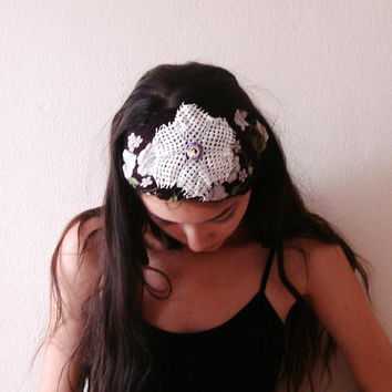 Black and white Anatolian fabric ,yemeni with Lace Doily flower headband