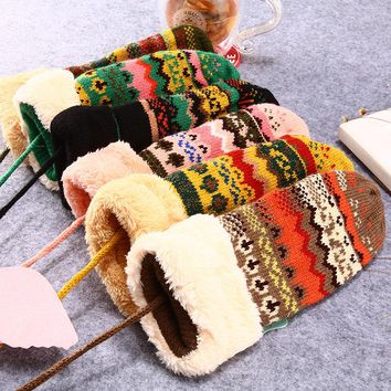 Hot Fashion Winter Warm Snowflake Mittens Glove Girl's Women Cute Lanyard Luvas Whole Covered Finger Halter Gloves