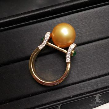 12-13mm Golden South Sea Pearl Ring, 18k Gold w/ Emerald - AAAA