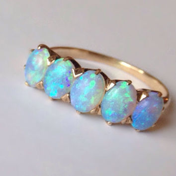 Edwarian Opal 10K Yellow Gold Antique Ring