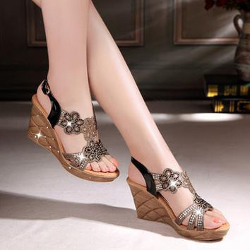 The new sandals in the summer of Diamond Roman sandals High wedge sandals with thick soles waterproof