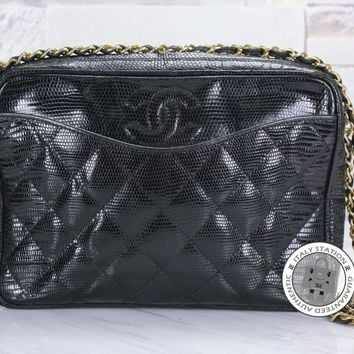 Authentic Chanel Vintage Cc Zipper Black Lizard Shoulder Bag Gold hardware MPRS