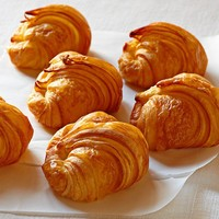 Galaxy Desserts Mini Croissants, Set of 24