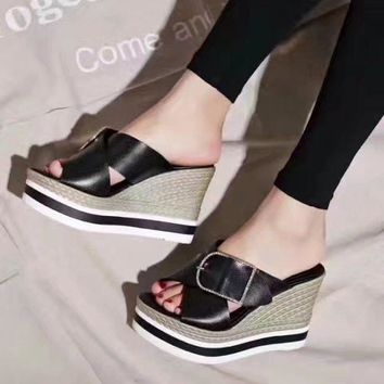 Black Hermes Women Trending Fashion Embroidery printing Casual Shoes Flat Sandal Slipper Heels