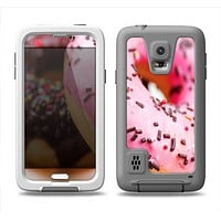 The Sprinkled Donuts Samsung Galaxy S5 LifeProof Fre Case Skin Set