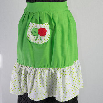 Vintage 1950's Green Apron with Polka-dots and Applique Flowers