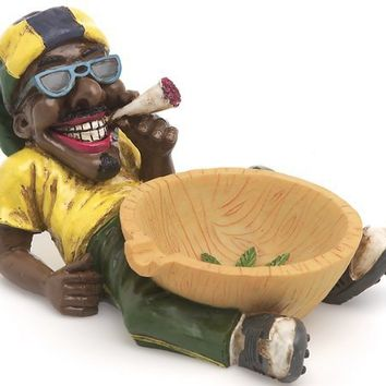1 X Jamaican Man Holding Ashtray (LT46)