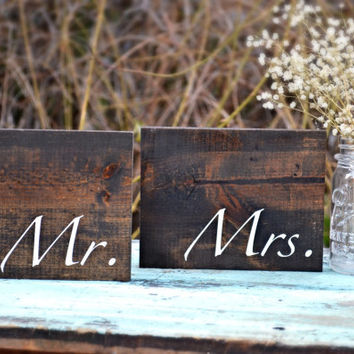 Rustic Mr and Mrs Signs, Rustic Wedding, Signs SHIPS IN 3-5 DAYS!