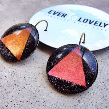 metallic stardust pyramid earrings - color shift egyptian midnight space earrings