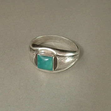 Signed OLD PAWN Vintage Native American NAVAJO Ring Turquoise Sterling Silver Size 9 c.1930s