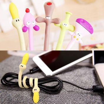 3Pcs Color Random Animal Shaped Rubber Earphone Line Winder