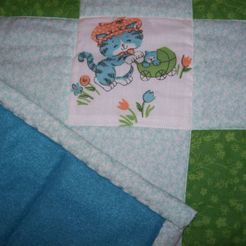 SALE Cats in the Cradle Vintage Quilt, Upcycled Baby Quilt, Play mat, Tummy Time Quilt, Retro Patchwork Quilt, Stroller Quilt, Funny Cat
