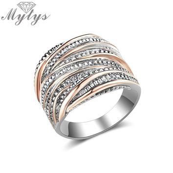 Mytys 18MM Statement Ring Retro Fashion Geometric Line Cross Wide Band Ring Intertwined Rose Silver Mix Gold Fit All Wears R2099