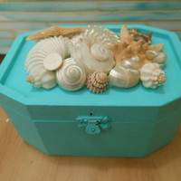 Beach Decor Seashell Jewelry Box - Shell Box - Turquoise Jewelry Box - Beach Decor - Beach