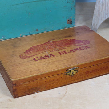 Wooden Cigar Box with Metal Clasp • Casa Blanca White House • Corona • Vintage