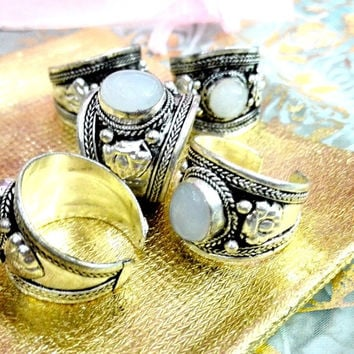 Excellent  Jade Bead Old Tibet  Ring Nepal Ring Adjustable  Party Unisex Gift