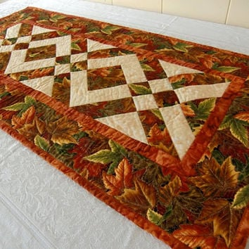 High Quality Autumn Leaves Thanksgiving Harvest Table Runner Quilt Orange, Red, Russet,  Gold, Brown