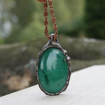 malachite pendant, green pendant, gemstone pendant, gift idea, statement jewelry, statement pendant, romantic tiffany necklace, gift for her