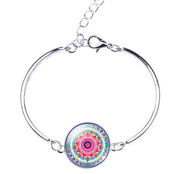 Woman Mandala Flower OM Symbol Buddhism Zen Picture Charm Cuff Glass Cabochon Bracelet Bangle Silver Plated Bracelet Gift