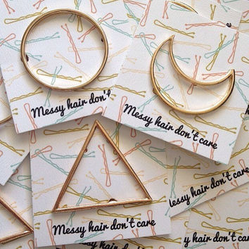 Round triangle crescent gold metallic hair clips