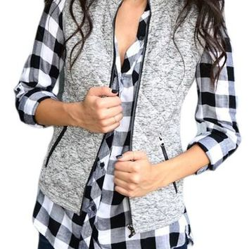 Fashion Womens Gray Zipped Quilted Vest with Pockets