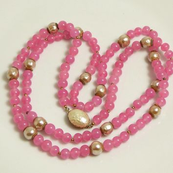 Miriam Haskell Single Strand Pink Glass Beads and Signature Baroque Pearl Necklace