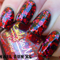 Nail polish  Ruby Soho red and pink glitter in a von EmilydeMolly