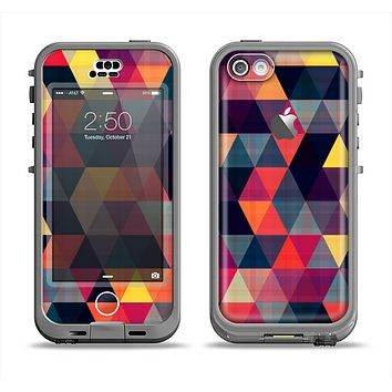 The Vector Triangular Coral & Purple Pattern Apple iPhone 5c LifeProof Nuud Case Skin Set
