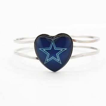 New Arrival 1pcs/lot Dallas Cowboys Football Heart Alloy Team Sports Bracelet charms Stretch bracelets for Woman