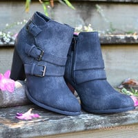 SZ 11 Serena Chic Distressed Black Buckle Ankle Booties