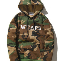 Couple Winter Camouflage Long Sleeve Round-neck Hats [9070639043]