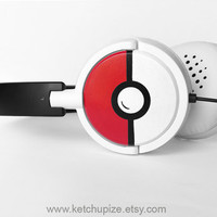 NEW Pokephones Headphones earphones black and white by ketchupize