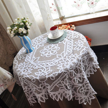 30%OFF Cotton Battenburg Lace  Vintage Tablecloth/Table topper  40x40inches