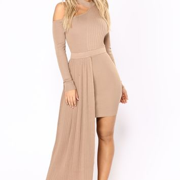 Ready To Wear Knit Dress - Mocha