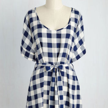 Medium Format Memory Tunic in Navy Checks