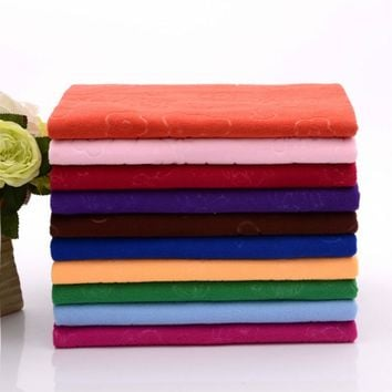 1pcs 30x70cm Hand Towel Soft Microfiber Rose Bear Embossed TowelDrying Washcloth Shower Care Hand Towels House Cleaning 7JJ006