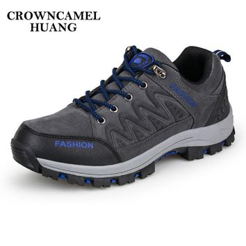 Climbing Boots Men Hiking Shoes Waterproof Trekking Boots Breathable Suede Leather Male Mountain Boots for Outdoor Hiking Shoes