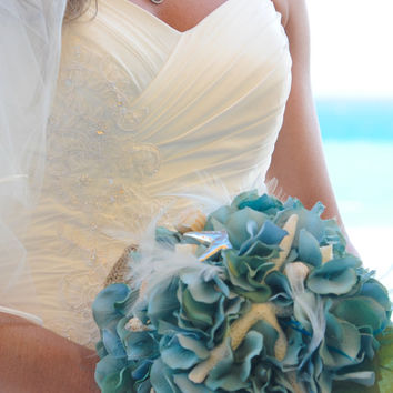Starfish Seashell Wedding Bouquet- Feather Wedding Bouquet- Custom Order