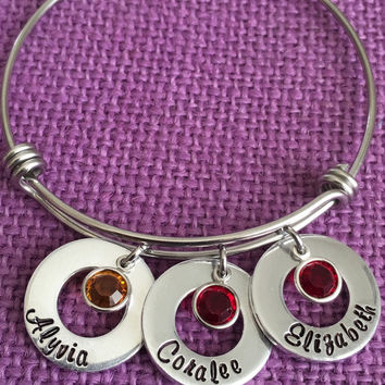 Mom Bracelet - Mothers Day Gift - Personalized Bracelet - Mom Jewelry - Gift for mom - Kids name - Birthstone