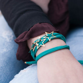 Stars and Silk Bracelet. Turquoise Stars Bracelet. Delicate Bracelet. Silk Jewelry. Silk Bracelet. Dainty Stars Bracelet. Dainty Bracelet