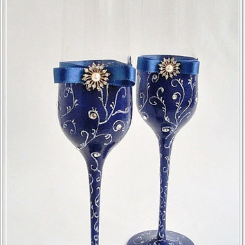 Blue Champagne Toasting Flutes, Toasting Glasses, Beach Champagne Flutes, Wedding Glasses, Blue wedding, Elegant  glasses, Gift Newlyweds