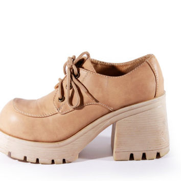 90s Vintage Tan Vegan Leather Chunky Platform Shoes Rubber Sole Lace Up Oxfords Womens Size US 9 UK 7 EUR 39/40