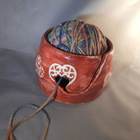 Queen of Hearts Yarn Bowl