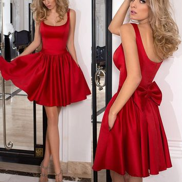 Red Satin Strap Backless Short Homecoming Dresses with Bowknot